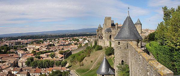 d couvrez un site hors du temps la cit de carcassonne. Black Bedroom Furniture Sets. Home Design Ideas