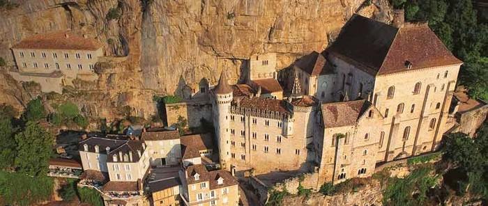 http://www.midi-languedoc-roussillon.com/img/150725-citadelle-de-rocamadour.jpg